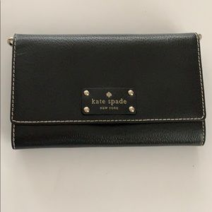 Black Kate Spade Crossbody w/out strap